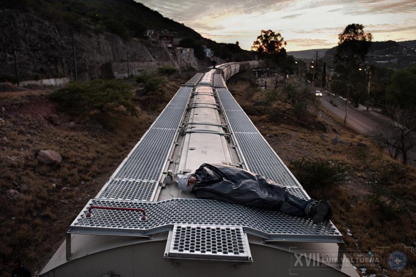 """Primer finalista. Serie """"La odisea de los inmigrantes en su paso por México""""."""